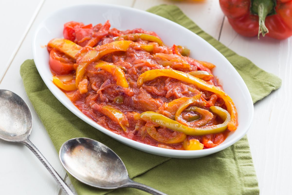 Peperonata (pepper and onion stew)
