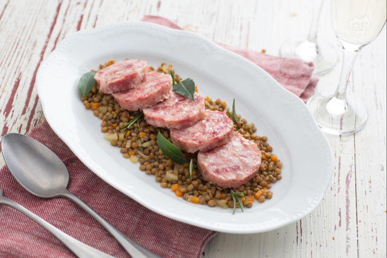 Cotechino (Pork sausage) with lentils